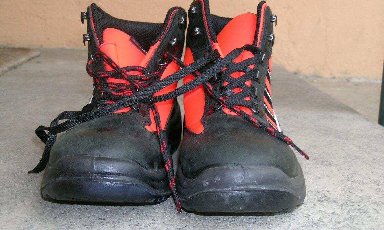 sepatu kerja safety