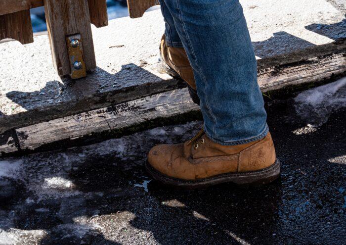 sepatu keselamatan kerja